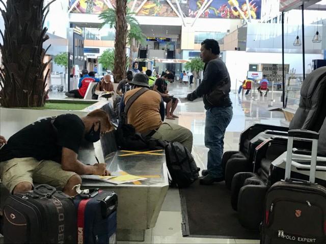 Foto: Suasana Bandara Supadio Pontianak Setelah Penerbangan Dibuka Kembali (86708)