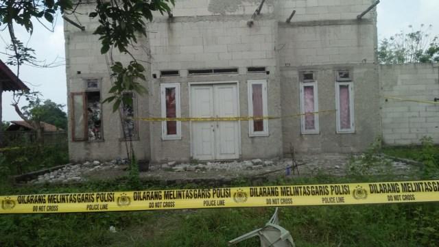 Ayah di Tangerang Bunuh 2 Anaknya, Lalu Gantung Diri (103471)