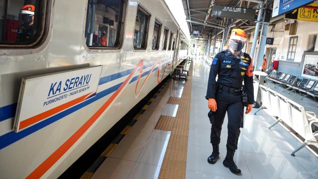 3.200 Penumpang Turun di Stasiun Gambir dan Senen Akhir Pekan Ini (143784)