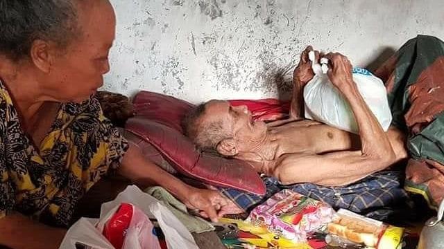 Kisah Miris Mbah Sarani yang Kelaparan hingga Makan Kapuk Bantal (125201)