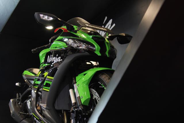 Tuai Pro Kontra, Kawasaki Ninja ZX-10R Baru Dipastikan Masuk Indonesia  (256549)