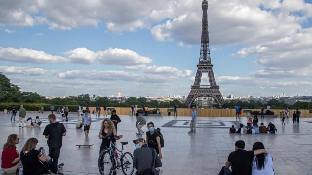Menara Eiffel Jadi Destinasi Wisata yang Paling Banyak Dikeluhkan Wisatawan (731376)