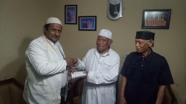Drs. KH. Ahmad Rifa'i Menurut Saya : Catatan Kebersamaan Dengan Abah (10)