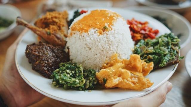 Kisah Setan Gentayangan di Warung Nasi Padang Berpesugihan (3930)