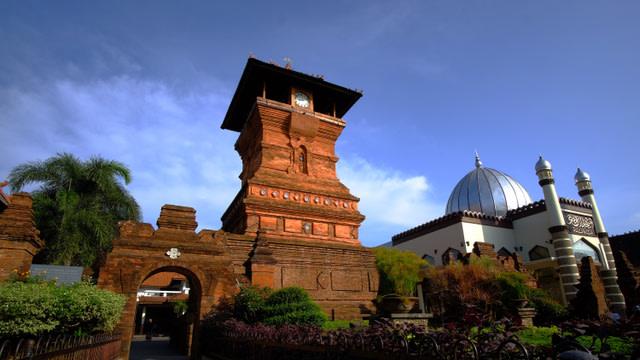 Sejarah 7 Kerajaan Islam di Indonesia Lengkap dengan Peninggalannya (74027)