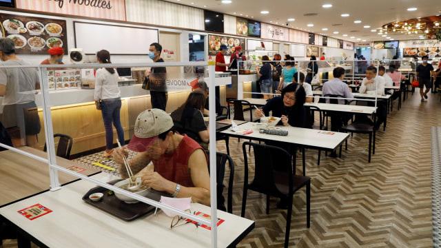 Tak Bersihkan Meja Makan Sendiri, Pemerintah Singapura Siap Denda Rp 3,2 Juta (42298)