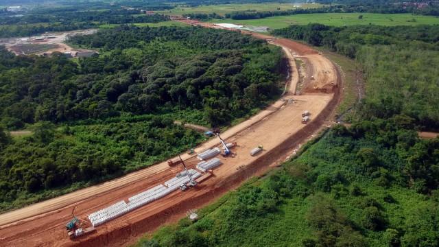 Bahlil: Infrastruktur Bikin Investasi di Jawa dan Luar Jawa Mulai Berimbang (77923)