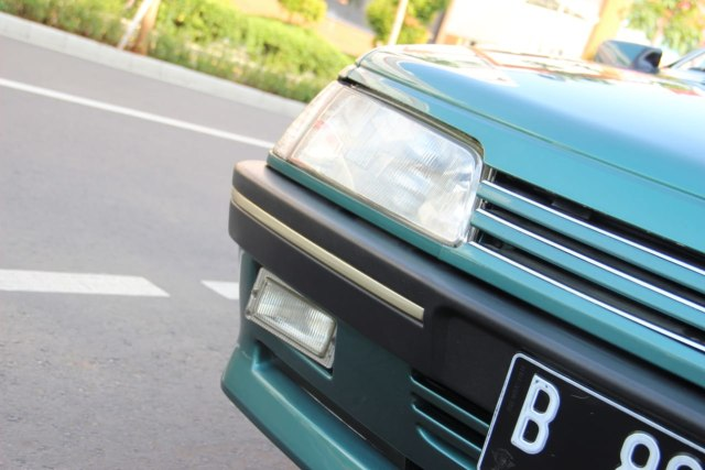 Peugeot 405 Berodometer 22 Ribu Dijual Rp 100 Juta, Berminat? (44861)