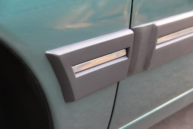 Peugeot 405 Berodometer 22 Ribu Dijual Rp 100 Juta, Berminat? (44862)