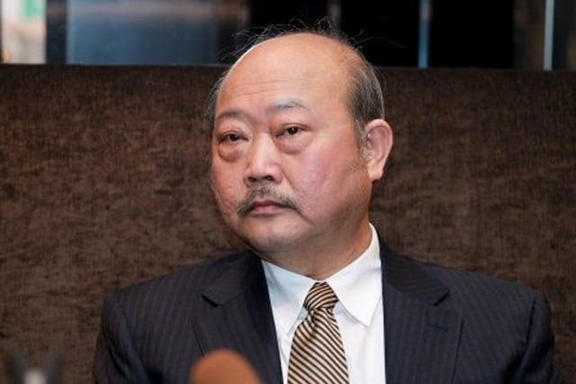 Dulu Dikira Orang Gila, Lim Kang Hoo Kini Jadi Miliarder Dunia  (326111)