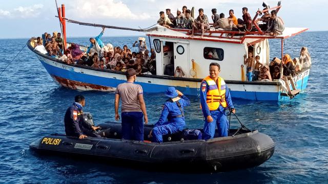 UNHCR Puji Pemerintah RI dan Warga Aceh yang Terima Pengungsi Rohingya (15566)