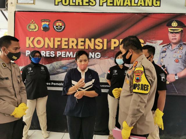 Ibu Muda di Pemalang Ditangkap Polisi Gara-gara Gadaikan Belasan Motor Rental (29064)