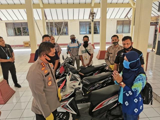 Ibu Muda di Pemalang Ditangkap Polisi Gara-gara Gadaikan Belasan Motor Rental (29065)