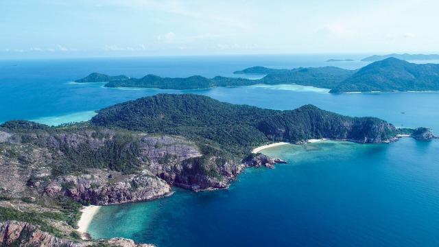 Polling: Anda Setuju Nama Gunung, Pulau, dan Sungai di RI Bisa Bahasa Asing? (41518)
