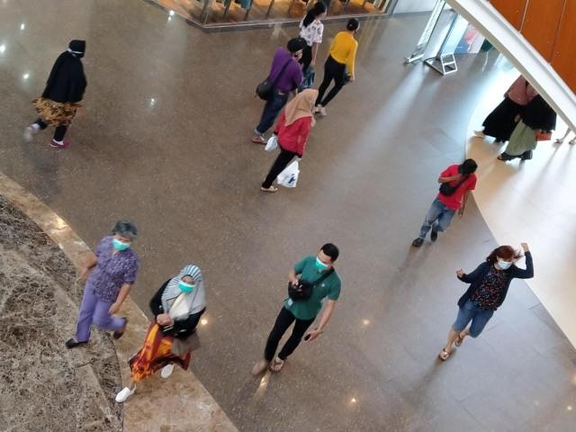 Foto: Aktivitas Warga Pontianak Setelah Kapolri Cabut Maklumat (280399)