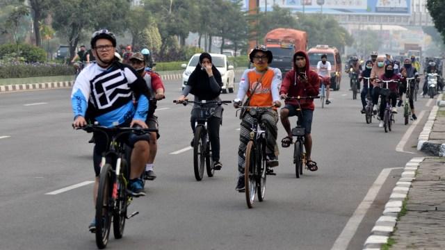 Ilustrasi pengguna sepeda - pesepeda