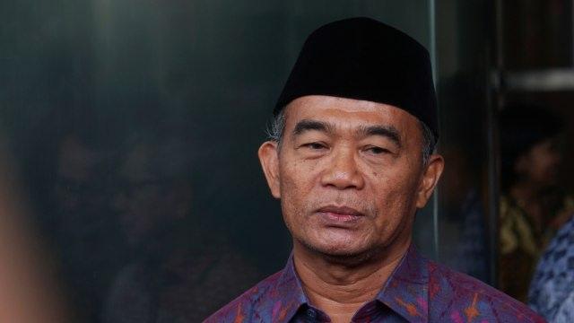 Deretan Menteri yang Pernah Diomeli Jokowi di Depan Publik (62374)