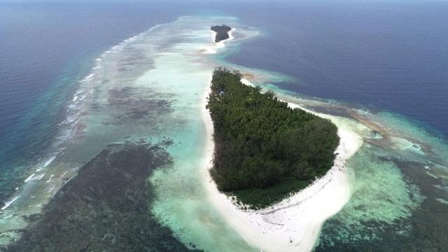 Sulbar Sepekan: Heboh Pulau Malamber Dijual hingga 2 Bocah Tewas Tenggelam (987063)