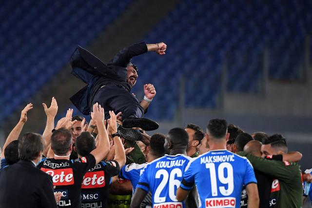 Jadwal Bola Malam Ini: Liverpool Jamu Leicester, AC Milan Tandang ke Napoli (9009)