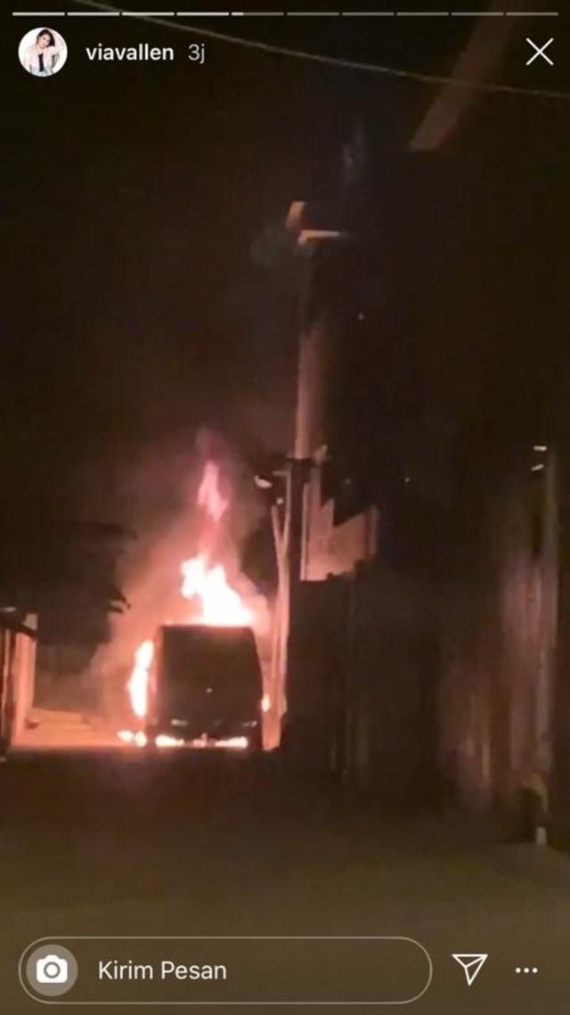 Via Vallen Sebut Pelaku yang Membakar Mobilnya Sudah Diamankan Polisi (466661)
