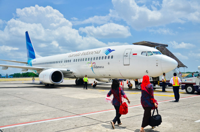 Penumpang Kelas Bisnis Garuda Marah saat Ditegur Pakai HP Ketika Boarding (5791)