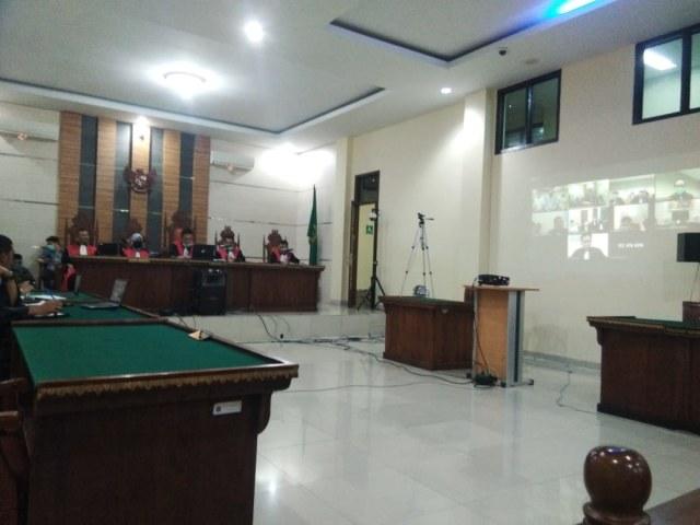 Bupati Lampung Utara Divonis 7 Tahun Penjara dan Wajib Bayar Rp 74 Miliar (76918)