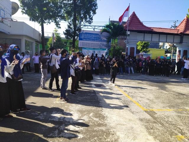 Hadiri Aksi Damai III, Ketua Yayasan Uniba Surakarta Siap Mundur (1218359)