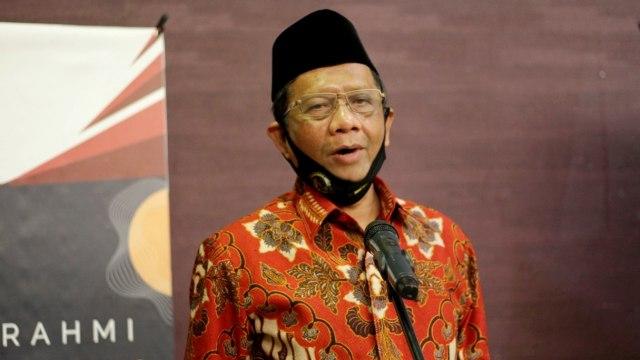 Mahfud MD: Penerima Bintang Jasa Mahaputra Berhak Dimakamkan di TMP (76573)