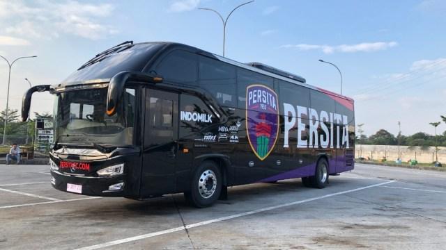 Foto: Deretan Bus Klub Sepak Bola Liga 1 2021, Mana yang Paling Keren? (264266)