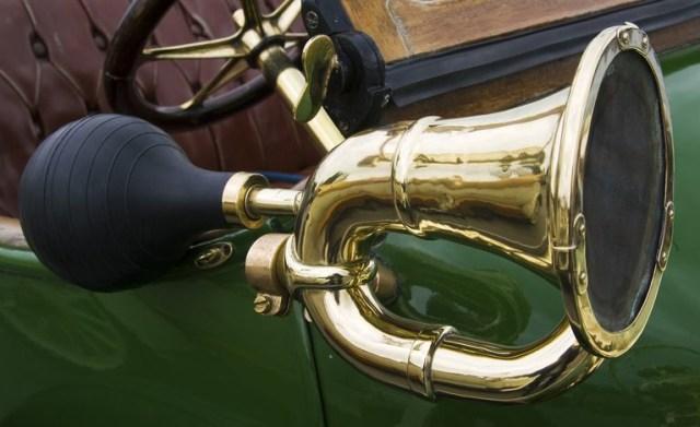 Siapa Penemu Klakson Kendaraan Bermotor?  (52614)