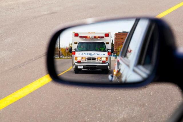 Viral Ambulans Diadang saat Bawa Pasien di Garut, Ini Ancaman Sanksinya  (3353)