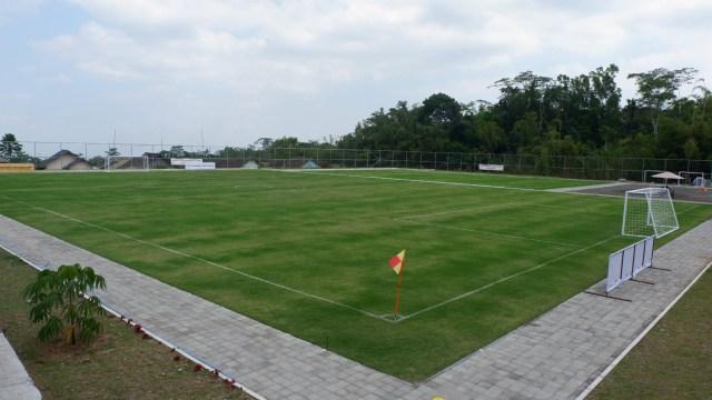 Melihat Desa di Lereng Merapi yang Miliki Lapangan Sepak Bola ala Eropa (288618)