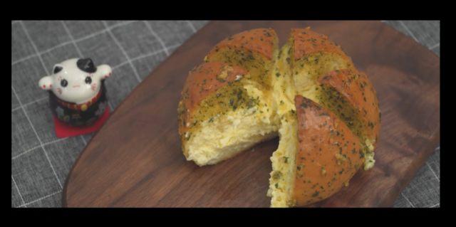 Resep Korean Cheese Garlic Bread, Street Food dengan Rasa Mewah (203161)