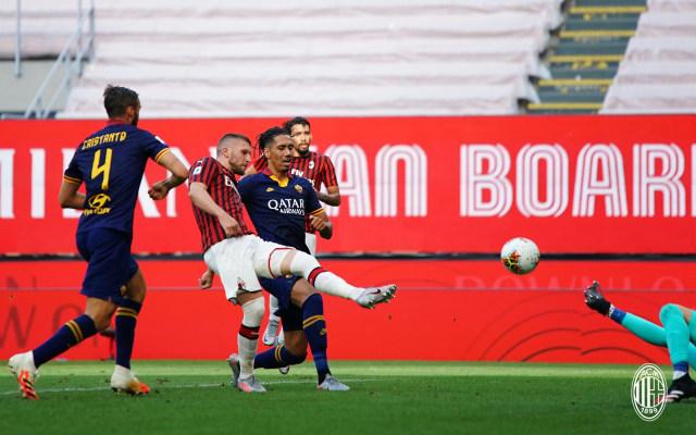"Sepakbola Kembali ""Milan Bangkit "" (131061)"