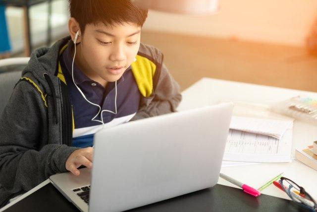 Hadapi New Normal, Sudah Siapkah Peralatan untuk Anak dan Keluarga? (2973)