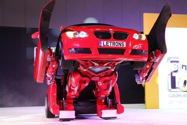 Mobil Berubah Menjadi Robot Ternyata Ada Di Dunia Nyata, Ini Wujudnya (1305846)