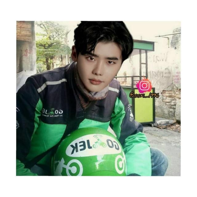 Melihat Para Aktor Korea Saat Wajahnya Diedit Jadi Driver Ojol (392901)