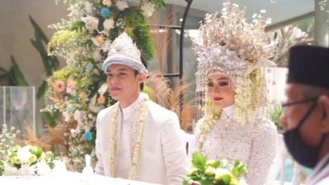 Resmi Menikah, Nama Lengkap Dinda Hauw Curi Perhatian hingga Bikin Salfok (22737)