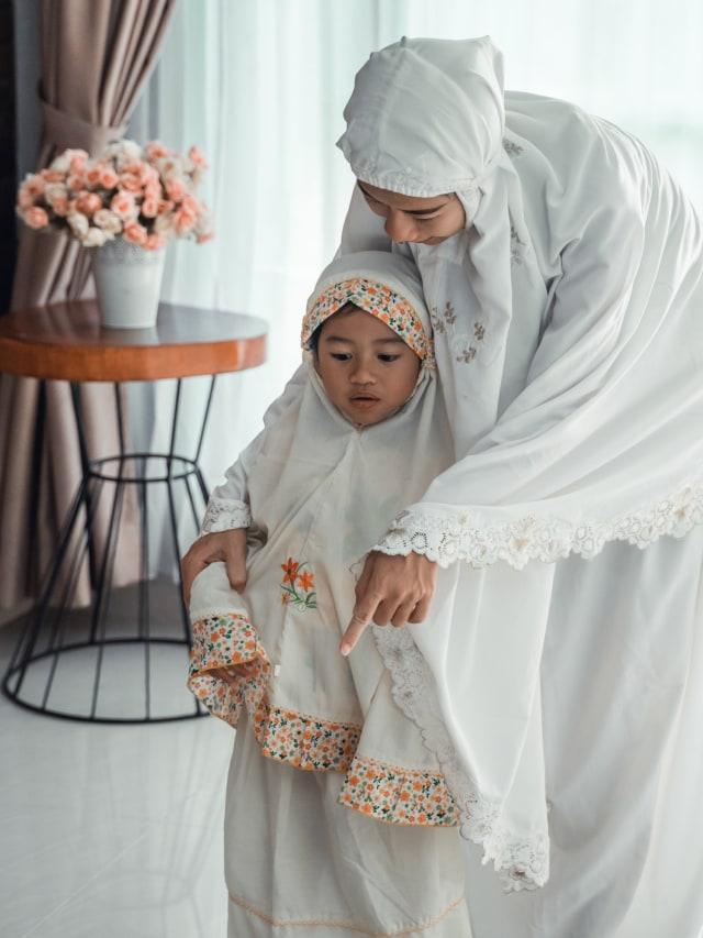 Doa Sebelum dan Sesudah Wudhu yang Perlu Diajarkan pada Anak (420204)