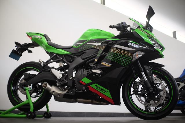 Foto: Lebih Dekat dengan Kawasaki Ninja ZX 25R (50421)