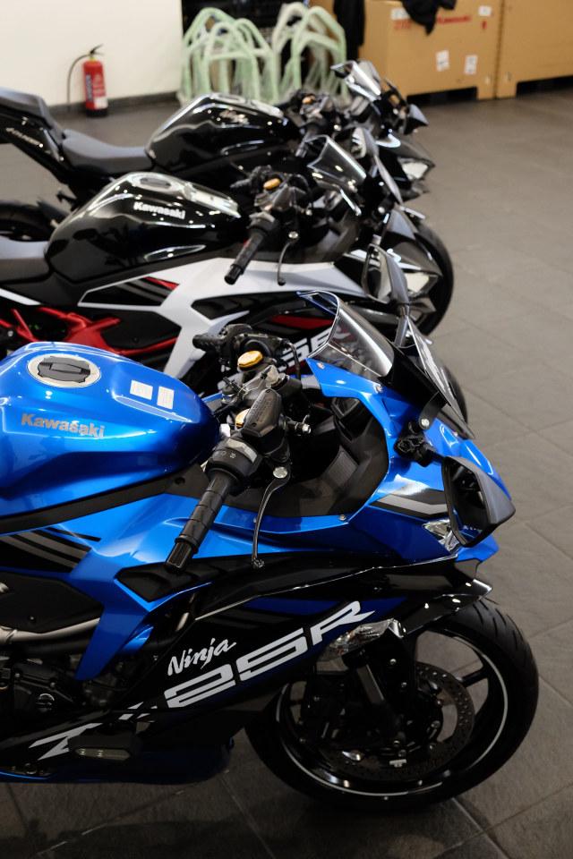 Foto: Lebih Dekat dengan Kawasaki Ninja ZX 25R (50433)