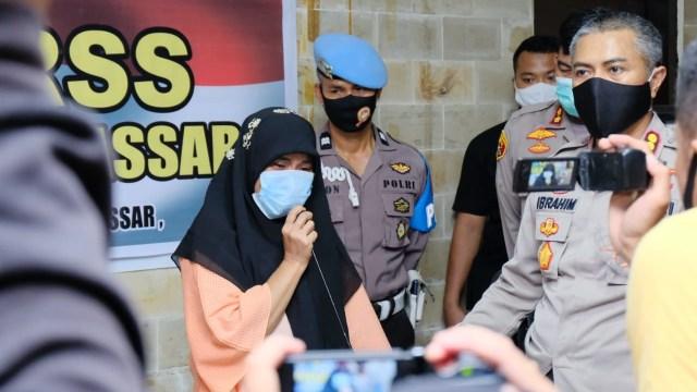 Polisi: Wanita Pembanting Al-Quran di Makassar Alami Kelainan Jiwa (1224053)