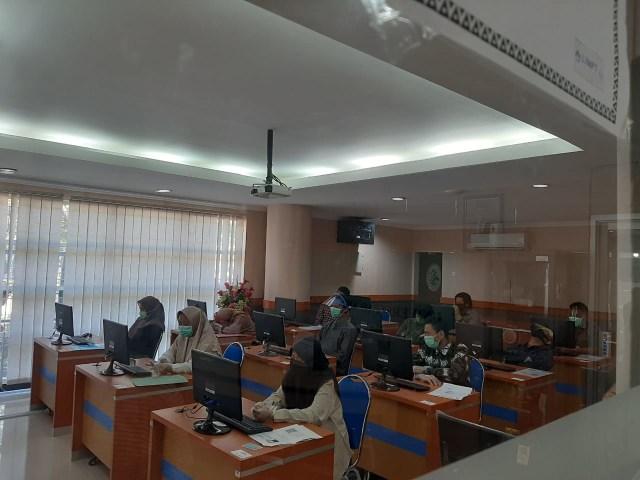 14 Peserta UTBK Unair Jadi Penutup di Hari Terakhir Ujian Gelombang 1 (566852)