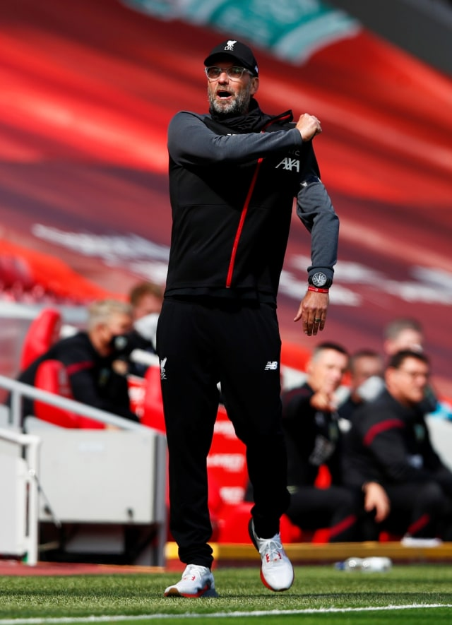 Foto: Burnley Tahan Imbang Liverpool di Anfield (5512)