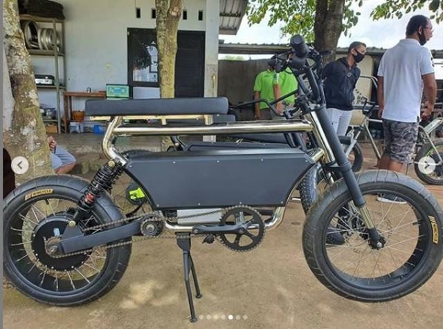 Laku Di Amerika Dan Australia Berapa Harga Sepeda Listrik Le Bui Buatan Lombok Kumparan Com