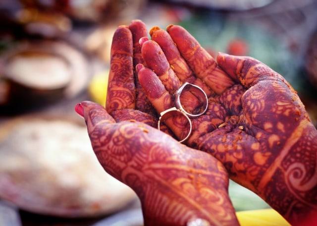 Pria India Mendadak Viral, Langsungkan Pernikahan dengan 2 Perempuan Sekaligus (311054)