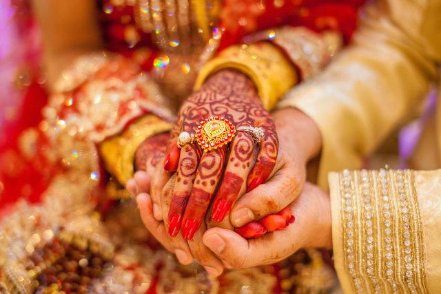Pria India Mendadak Viral, Langsungkan Pernikahan dengan 2 Perempuan Sekaligus (311053)