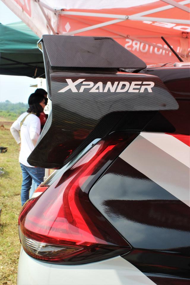 Foto: Rifat Sungkar Geber Xpander AP4 di Tanah Merah  (380085)