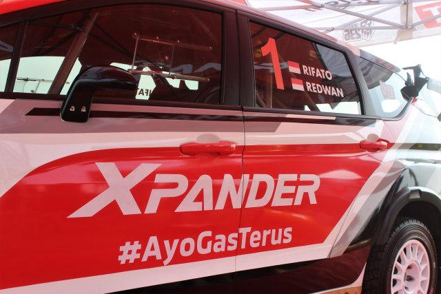 Foto: Rifat Sungkar Geber Xpander AP4 di Tanah Merah  (380083)