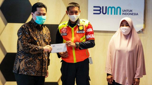 Hadiah Erick untuk Pegawai KAI yang Serahkan Rp 500 Juta: Asuransi sampai Ponsel (10182)